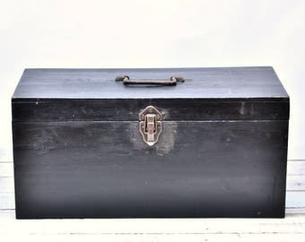 WOODEN TOOL BOX - French Storage Chest Large Case Carpenters Toolbox Wood Crate Trunk with Latch and Hinge Country Cottage Farmhouse Decor