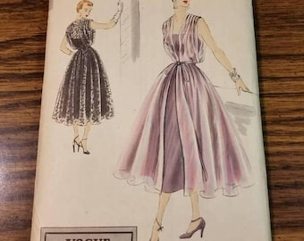 Vogue Special Design Dress Pattern, Vintage 1950. S-4073