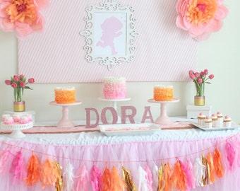 1 Dora the Explorer Glittered Centerpiece