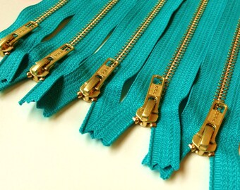Wholesale metal teeth zippers - 7 inch brass zippers, five pcs, turquoise YKK color 018,  great for leather purses, clutches, jewelry making