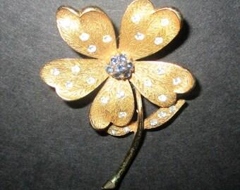 Vintage JJ Rhinestone Flower Brooch Jonette Jewelry Bejeweled Daisy Pin Floral Brooch Blue & Clear Stones Etched Goldtone