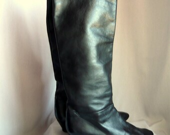 Vintage 80s Slouchy Knee Boots Size 8 .5 B width Eu 39 UK 6 / Black Leather Flat Pixie Pirates / made in Italy Hana Mackler