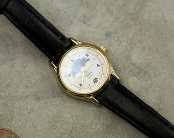 Vintage Timex Moonphase womens watch ladies black leather band