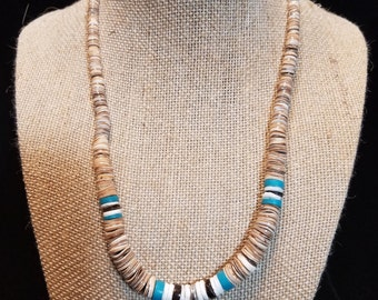 "17"" Shell and Acrylic Choker/Necklace"