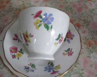 Royal Vale trio pretty flowers white bone china lovely gift
