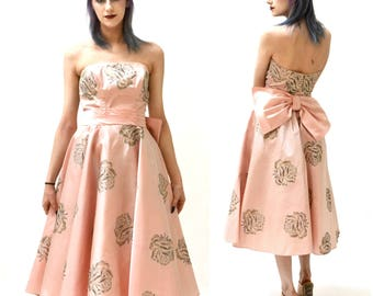50s Vintage Prom Dress Size Small Pink Metallic Floral Print// 1950s Vintage PInk Bridesmaid Party Wedding Dress Crinoline Skirt Small