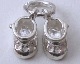 Genuine SOLID 925 STERLING SILVER 3D Baby Booties Shoes charm/pendant
