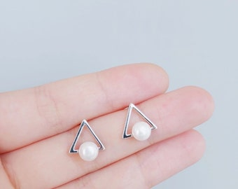 Triangle Silver Pearl Studs Earrings,Simple Minimalist Earrings,Mix and Match Studs,925 Sterling,Freshwater,Birthday Gift,Graduation Gift