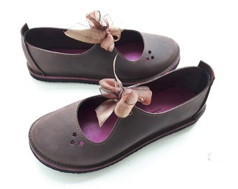 UK 8 Luna Fairy tale Shoe, barefoot comfort #3539 mahogany