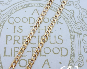 """9ct Yellow Gold Curb 2.2mm Chain Necklace 16"""" 18"""" 20"""" 24"""""""