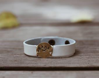 Mama Bear Bracelet, Gift for Mom, Personalized Jewelry, Cuff Bracelet, Leather Bracelet, Hand Stamped Bracelet, Mountain Bracelet