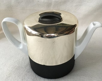 Rosenthal teapot with insulation
