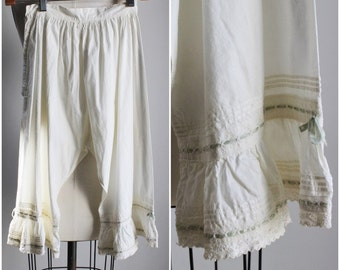 Vintage Edwardian Drawers Bloomers / Victorian Cotton Pettipants / Closed Leg / High Waisted Panty / Antique Vintage Lingerie / Knickers