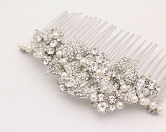 Pearl bridal comb,bridal hair comb crystal and pearl,wedding hair accessories,crystal hair comb,wedding comb,wedding hair comb pearl,crystal