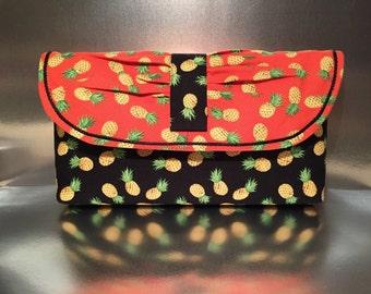 Clutch purse / Pineapple print fabric clutch, Handmade Handbag, One of a Kind purse, casual clutch, designer handbag, Hawaiian print