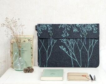 """MacBook Case 15"""", Grey Laptop Bag in vegan Felt, Laptop Cover screenprinted Wild Plant Pattern, ooak Sleeve for 15in Mac"""