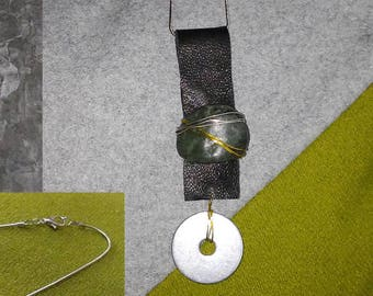 Pendant Necklace in Leather, Stone, Silver