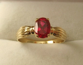 Genuine SOLID 9ct YELLOW GOLD  Ruby Ring