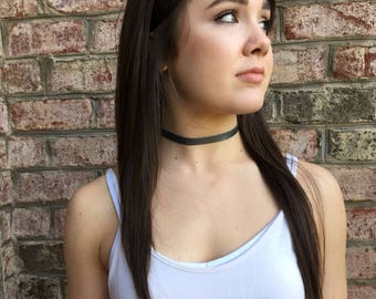 Thin Black Leather & Suede Choker w/ adjustable clasp