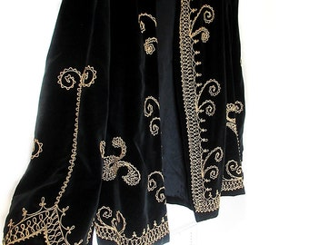 Black Velveteen Jacket with Gold Braid Military Style Womens Large Vintage 1970s