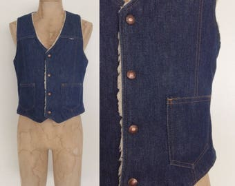 1970's Mens Denim & Faux Shearling Western Vest Size Small Medium by Maeberry Vintage