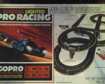 Vintage Tyco Pro Sebring Lighted Racing HO Scale w/Porsche 908 and Chaparral 2D