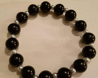 Sale Sale Sale Black and white beaded stretch bracelet
