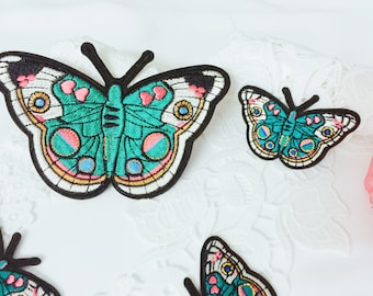 gorgeous green butterflies patches,two sizes,insects patches,high quality,iron on patch,embroidered patch ,patch for jacket ,applique ,DIY