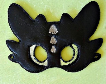 Child's Mask -  Toothless Dragon - How to Tame Your Dragon
