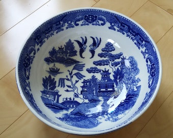 Large Vintage Blue Willow Bowl, Blue and White Pottery Serving Dish