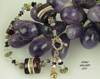 """Lampwork Glass Beads and Swarovski Crystals Bracelet - Christmas in May - 6.25"""""""