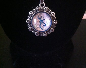 Browning necklace blue