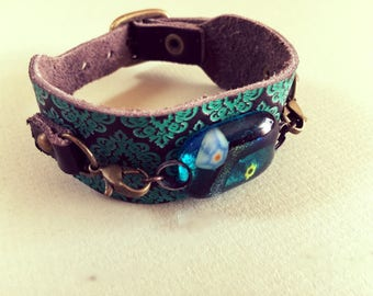 Leather strap with glass cab bracelet