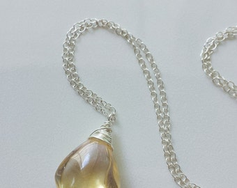 Citrine Necklace, Small Sterling Silver Necklace, Citrine Pendant, Citrine Birthstone Jewelry, Genuine Citrine Gemstone, Yellow Citrine