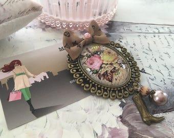 Shabby pink autumn bronze brooch