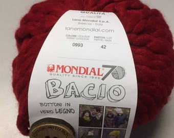 Mondial Bacio Yarn #0993 - 100g ball with pattern and buttons to make a cowl