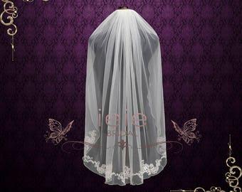 Short Fingertip Lace Wedding Veil with Floral Edge   VG2014