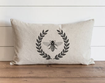Vintage Bee Laurel Wreath 16 x 26 Pillow Cover // Farmhouse // French // Throw Pillow // Gift // Accent Pillow