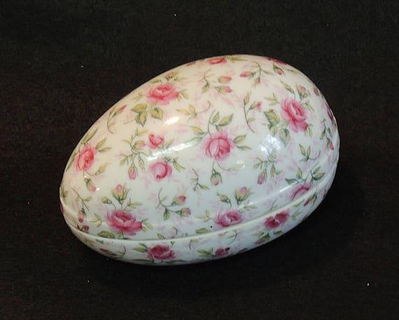 Vintage Porcelain EASTER EGG Trinket Box With Lid.. Chintz Pattern Pink Roses (#2)