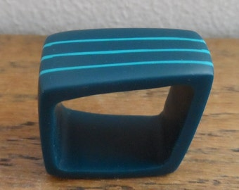 Square resin ring - rail blue with deep turquoise stripes