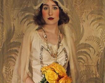 Miss Havisham Bridal Veil 20s