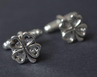 Clover cufflinks