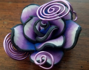 Large clay flower pendant
