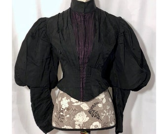 Victorian 1890s Black Mourning Bodice // S