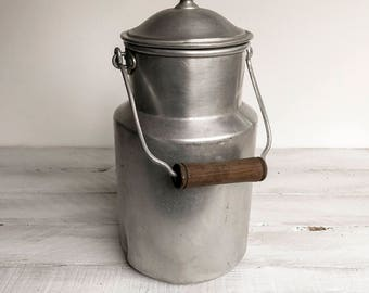Vintage French Milk Pail, French Milk Churn, Water Can, Billy Can, Milk Pail, Milk Churn, Metal Kitchen Canister, Milk Container