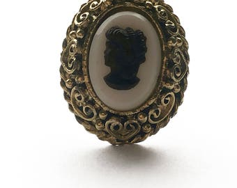 Adjustable Cameo Ring