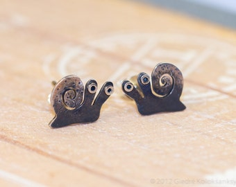 SNAIL Sterling Silver Stud Earrings Mini Zoo series