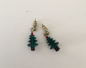 Swarovski crystal Christmas tree earrings