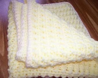 precious yellow baby blanket