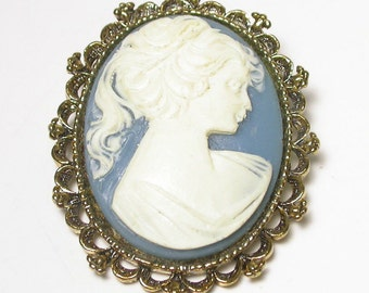 Cameo Brooch - Vintage Blue Cameo Brooch and Pendant - Gold Tone - Costume - Blue White Cameo Pin Pendant # 1318